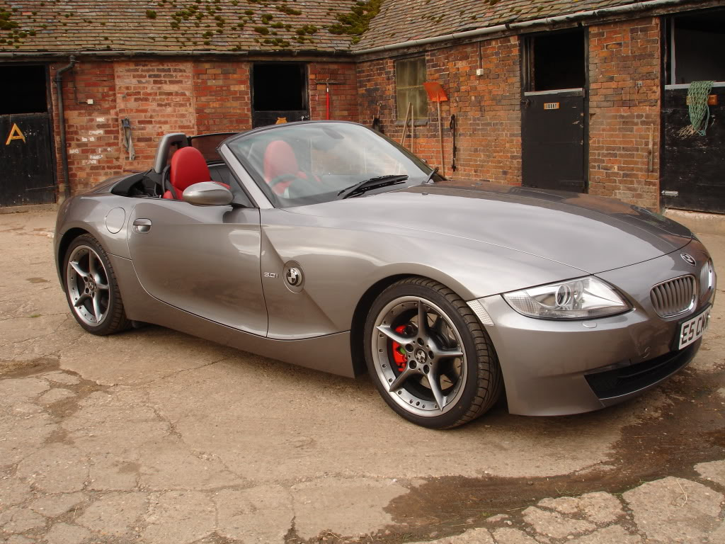 Just Painted My Brake Calipers Page 3 Z4 Forum Com