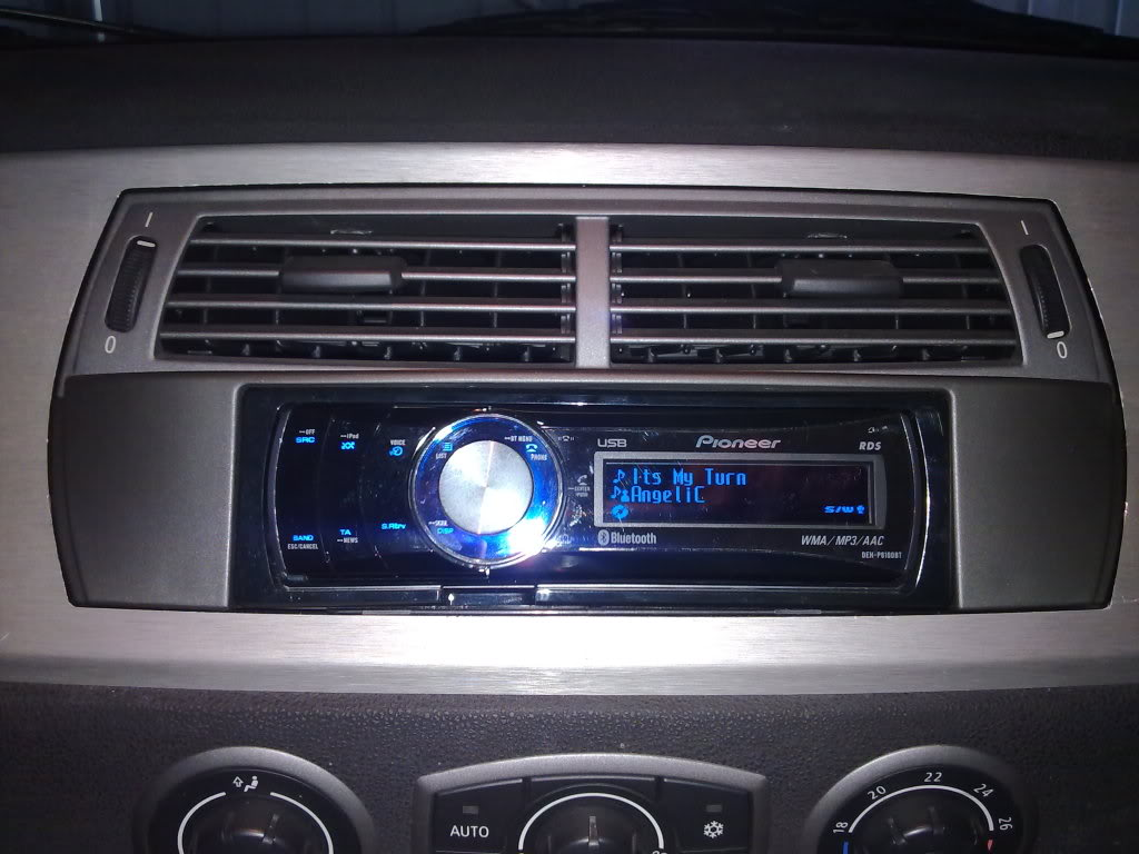 Any Pics Of Fitted Aftermarket Stereo S Z4 Forum Com