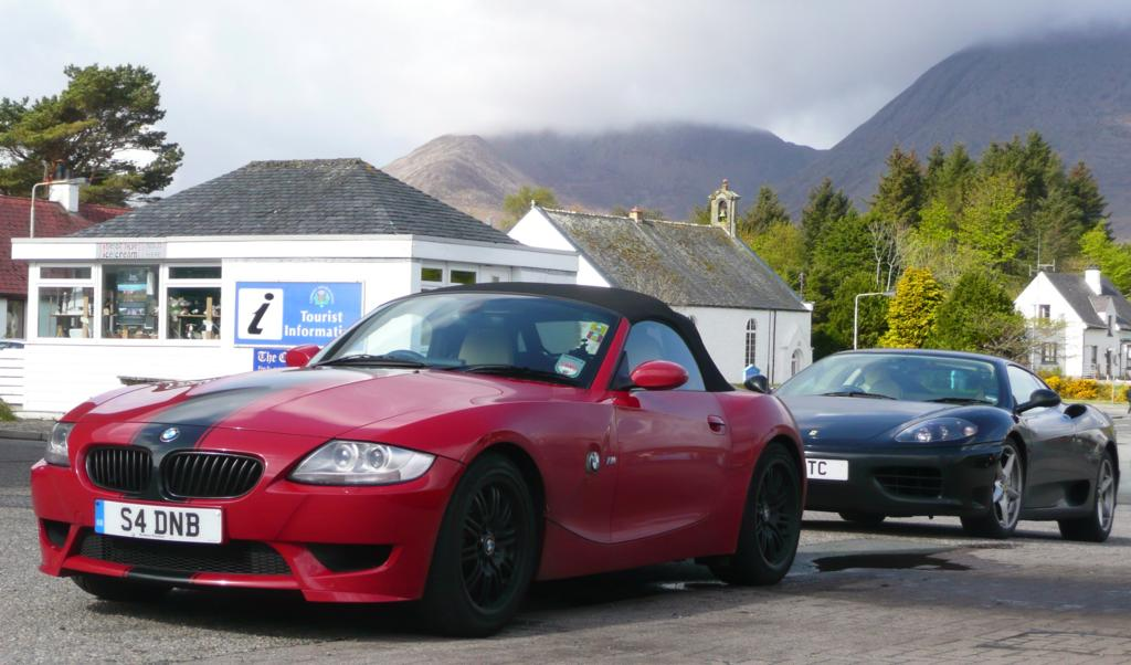 Black Alloy Wheels With Red Car Z4 Forum Com